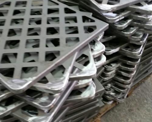 Piastre in ferro e alluminio