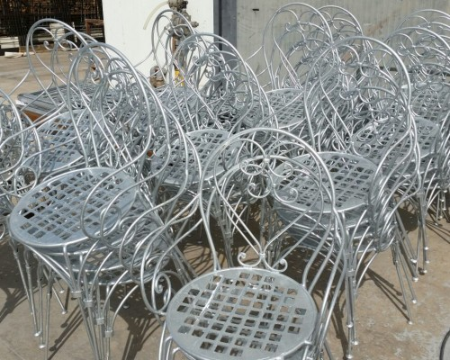 Sedie in ferro zincate