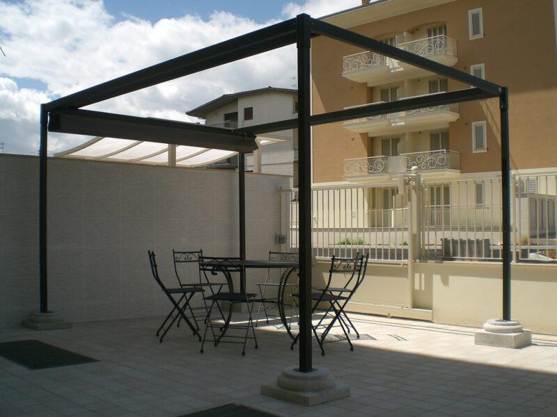 Gazebo con tetto scorrevole modello Zircone