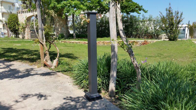 Fontana a colonna in ghisa modello Sidney