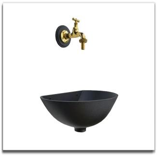 Fontana a parete con rubinetto