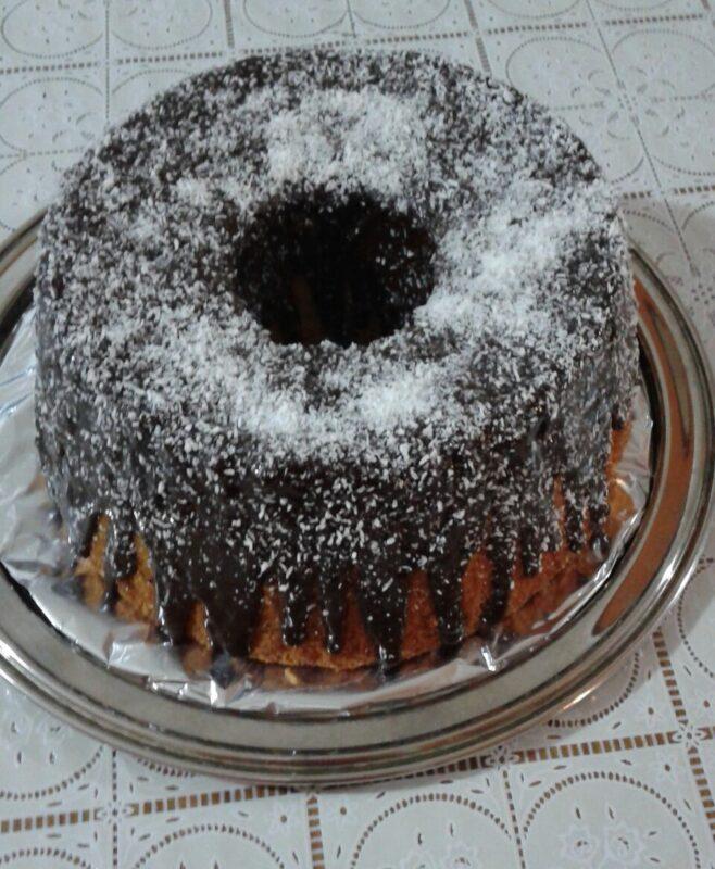 Sponge cake o ciambellone americano