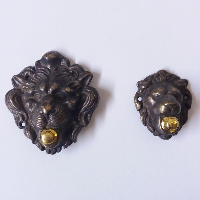Pulsante campanello in ottone modello Leone